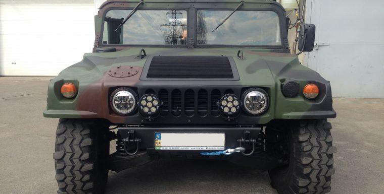 Установка электрических лебедок ComeUp на Hummer H1